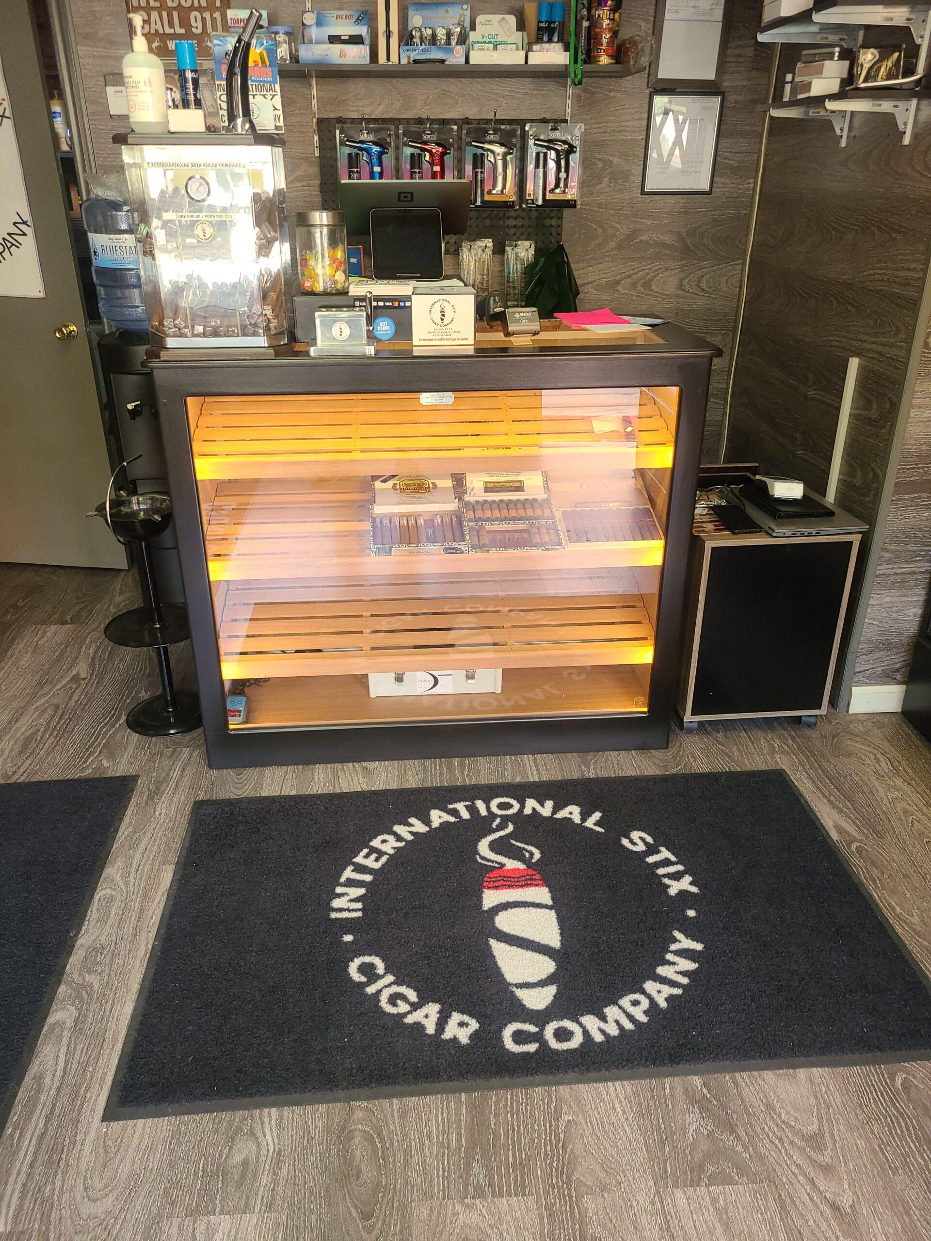 International Stix Cigar Company – South Orange, NJ – Custom Counter