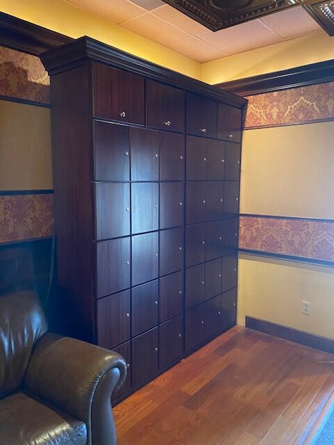 Cherry Hill Cigar Club – Cherry Hill, NJ – Custom Combo Lockers Bottle/Cigar
