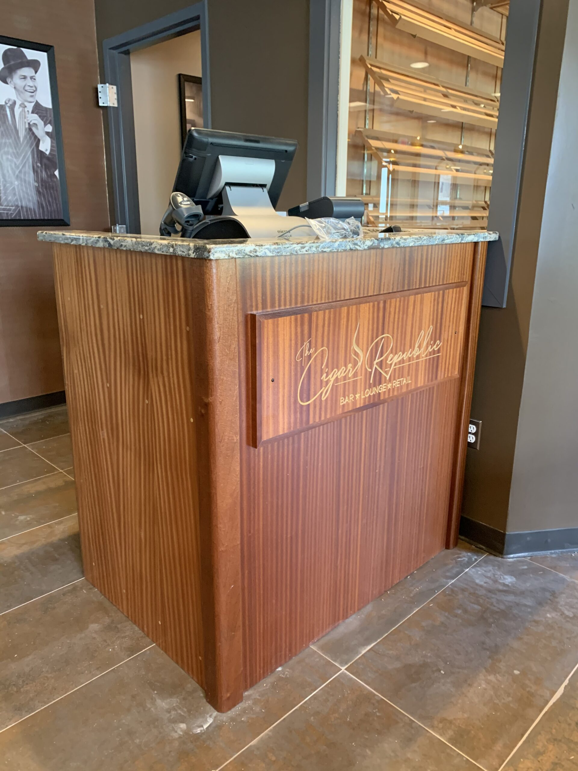 The Cigar Republic – Conshohocken Reception Desk