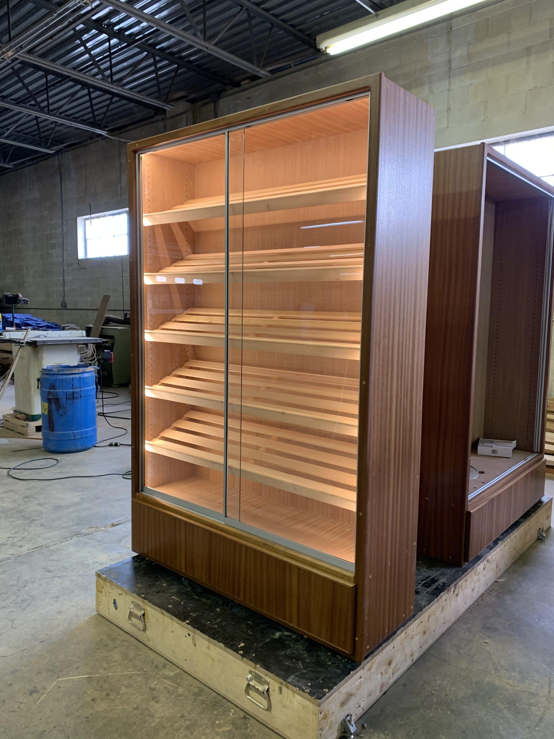 H-616 Mahogany Clear Coat w/ Humidified Storage – Memphis TN
