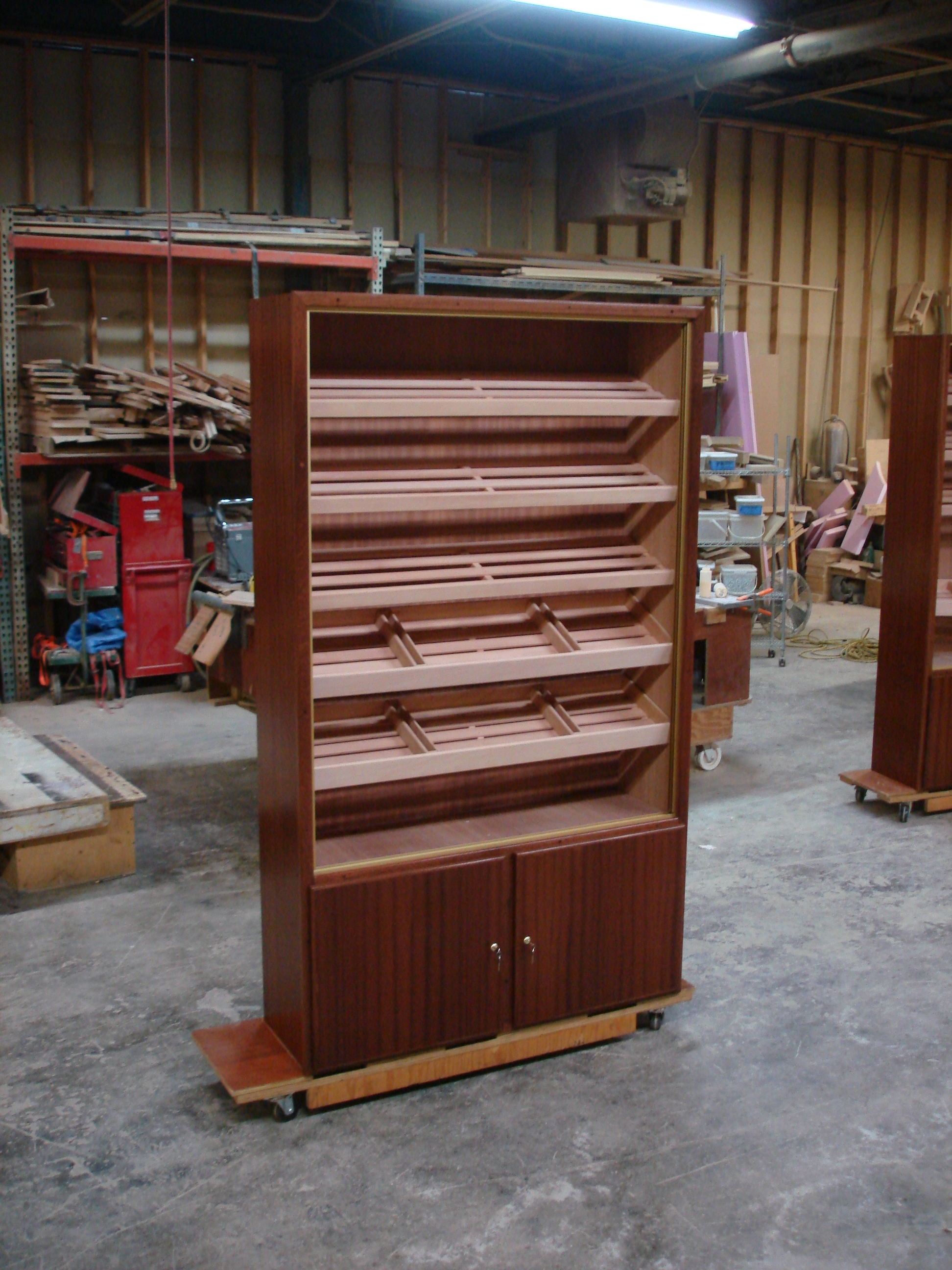 Commercial Humidor – H-684